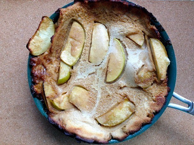 Apple Dutch Baby Pancake